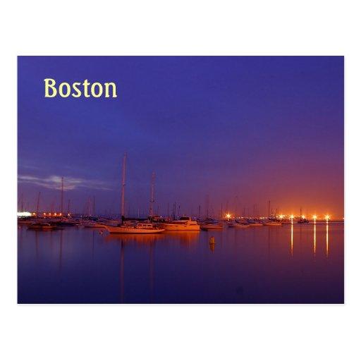 Veleros de Boston en puerto deportivo en la postal
