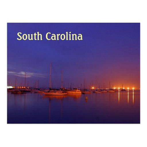 Veleros de Carolina del Sur en puerto deportivo en Postal