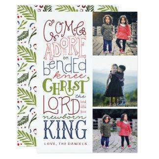 Venido adore la tarjeta de Navidad puesta letras