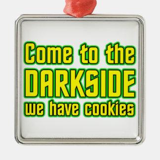 Venido al Darkside tenemos galletas Adorno Navideño Cuadrado De Metal