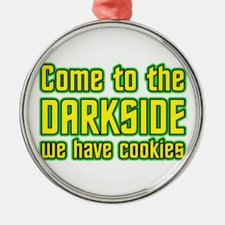Venido al Darkside tenemos galletas Adorno Navideño Redondo De Metal