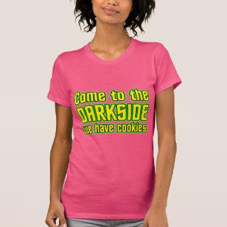 Venido al Darkside tenemos galletas Camisetas