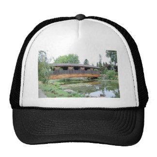 Verano del puente cubierto gorra