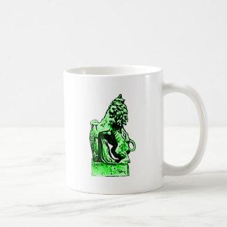 Verde británico del león rv del emblema el GIF de Taza Clásica