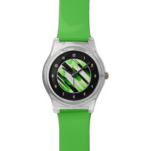 Verde del alto contraste relojes