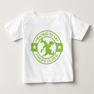 Verde lima feliz del chef de repostería del lugar camiseta