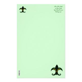 Verde/oro de la flor de lis  papeleria de diseño