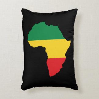 Verde, oro y bandera roja de África Cojín Decorativo