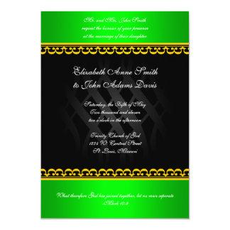 Verde real en la invitación negra del boda