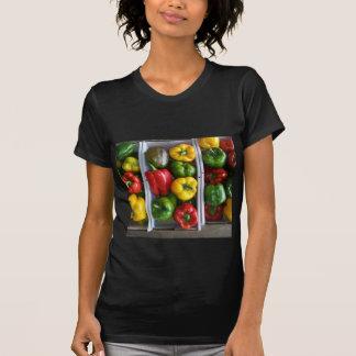 Verduras en el mercado de Amish Camisetas