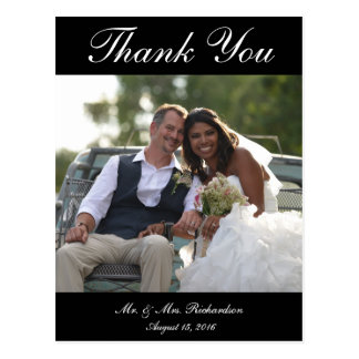 Vert. La foto de encargo del boda de B&W le Postal