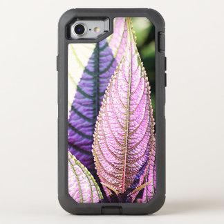 Verticalmente hojas de la púrpura funda OtterBox defender para iPhone 7