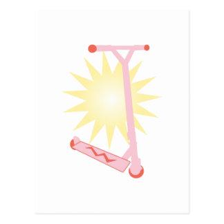 Vespa rosada tarjeta postal