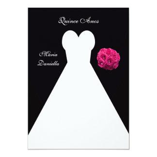 Vestido blanco del fiesta de Quinceanera y ramo Invitación 12,7 X 17,8 Cm