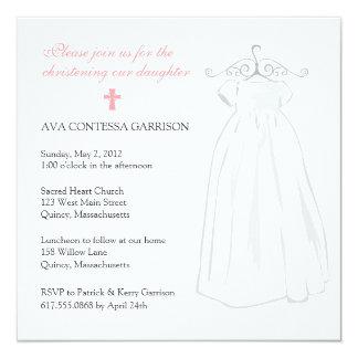 Vestido del bautizo y cruz rosada invitación 13,3 cm x 13,3cm