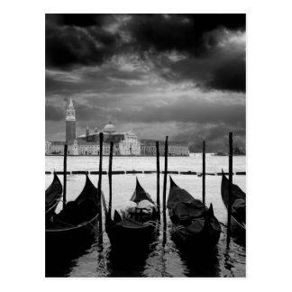 Viaje blanco negro de Venecia Italia del Gran Postal