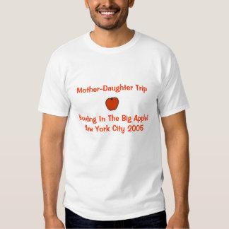 Viaje de la Madre-Hija Camisetas