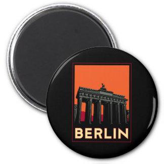 viaje retro del art déco más oktoberfest de Berlín Imán Redondo 5 Cm