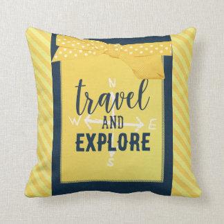 Viaje y explore la almohada del compás