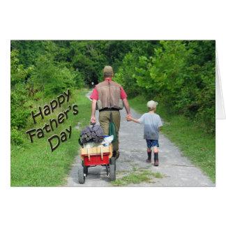| viajes de pesca feliz del papá y del hijo de tarjeta de felicitación