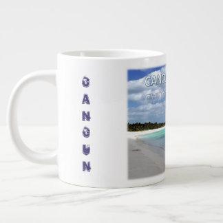 Vida de la playa en taza de café de Cancun México