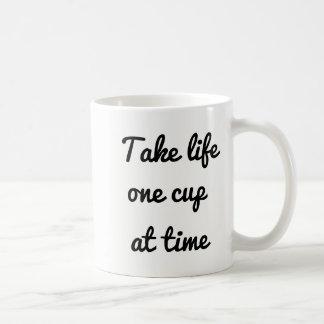 Vida de la toma una taza en el tiempo