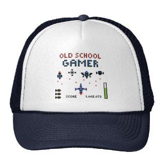 Videojugador de la escuela vieja - nave espacial - gorras de camionero