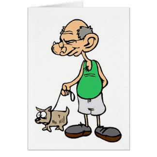 Viejo hombre que camina el perro tarjeta de felicitación