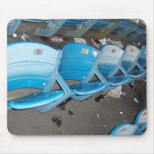 Viejos asientos del Yankee Stadium Alfombrilla De Ratones