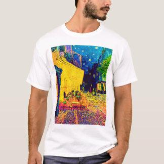 Vincent van Gogh - terraza del café en el arte pop Camiseta