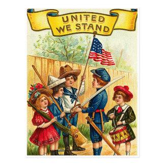 Vintage 4to de los niños de julio con la bandera postales
