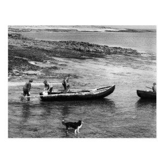 Vintage barcos de Currach de Irlanda, isla de Aran Postal
