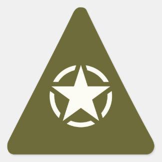 Vintage de la plantilla de la estrella en verde de pegatina triangular