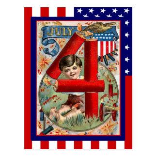 Vintage de la reproducción el 4 de julio muchacho tarjeta postal
