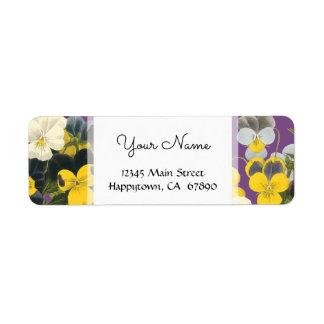 Violetas y etiquetas de dirección de encargo