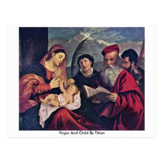 Virgen y niño por Titian Postal