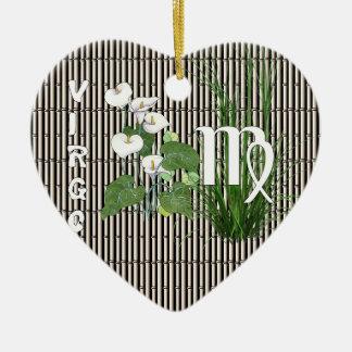 Virgo del bambú y del lirio adorno de cerámica en forma de corazón