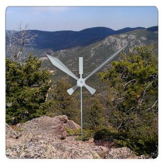 Visión desde arriba del reloj de la montaña
