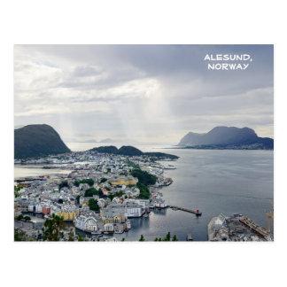 Vista de Alesund, mar noruego, Noruega Postal
