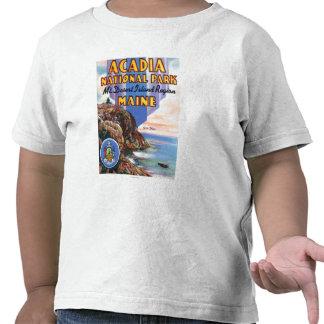 Vista de la grandes cabeza y sello de Maine Camisetas