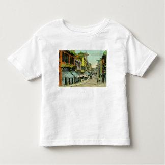 Vista de una calle de Chinatown Camisetas