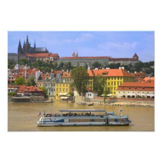 Vista del castillo y de la ciudad de Praga por Mol Foto