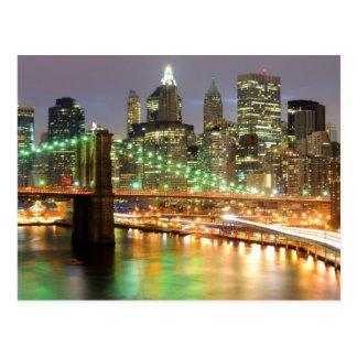 Vista del Lower Manhattan y del puente de Brooklyn Postal