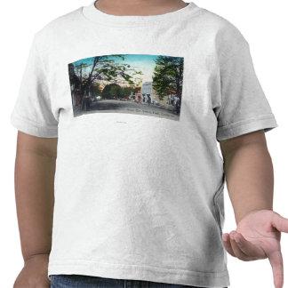 Vista del olmo del oeste StreetLodi CA Camisetas