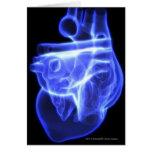 Vista luminescente del corazón humano tarjetón
