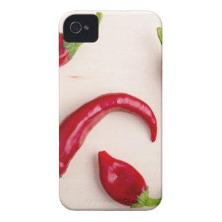 Vista superior de las pimientas del chile picante funda para iPhone 4 de Case-Mate