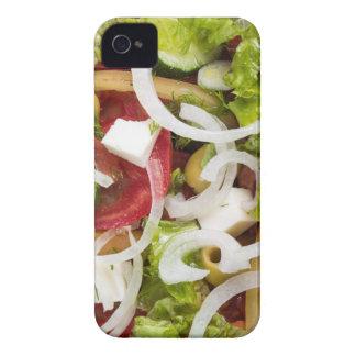 Vista superior de una ensalada hecha de verduras carcasa para iPhone 4 de Case-Mate