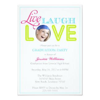 Vive la graduación del amor el   de la risa invitación 12,7 x 17,8 cm