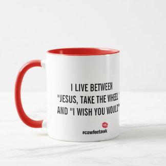 Vivo entre la taza (roja)