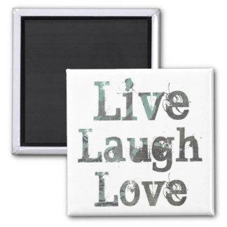 Vivo, risa, imán del amor